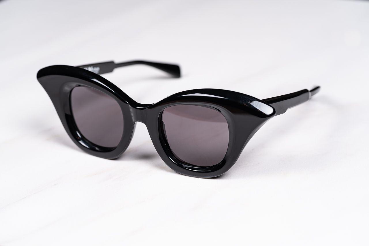 Mask B20 Black Shine