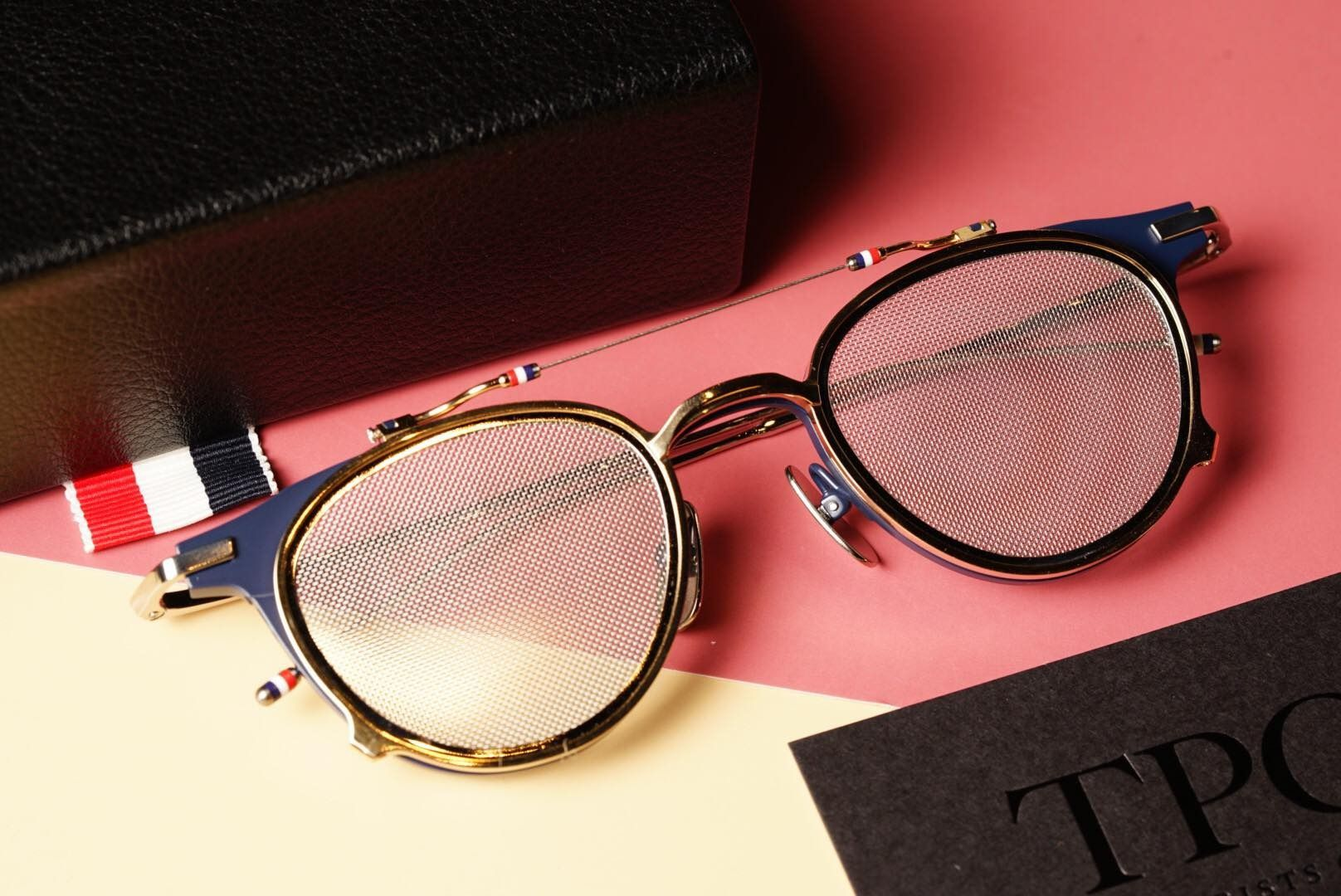 TBS814 - Matte Navy And White Gold Clubmaster Sunglasse