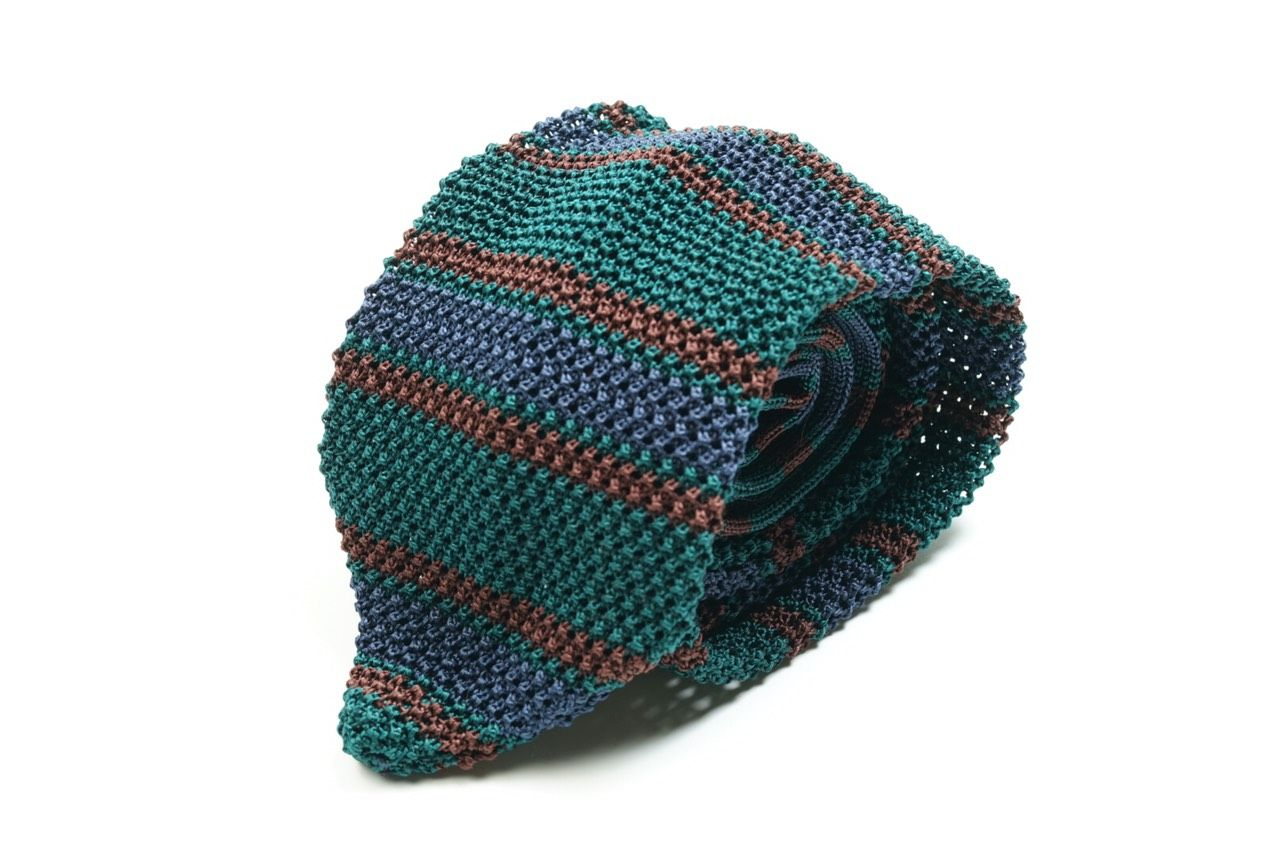 V Point Knitted Tie Col.2