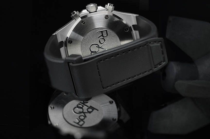 Audemars Piguet Royak Oak 41mm on Metal Bracelet & All Versions of 39mm - APV41