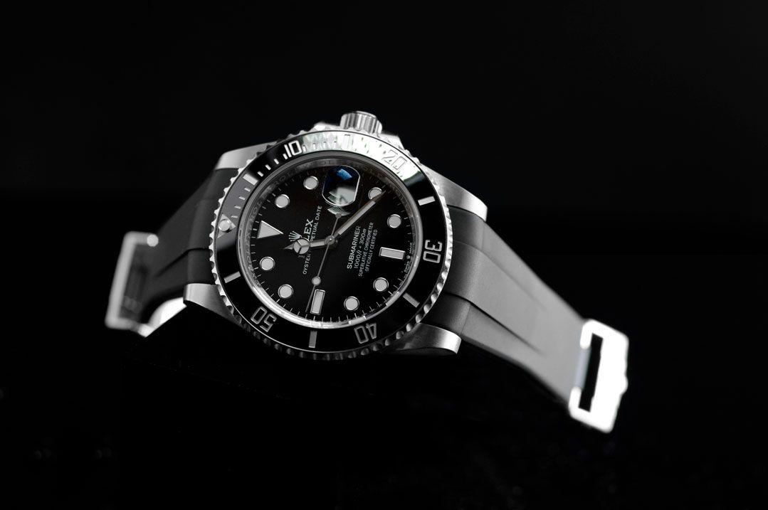 Rolex Submariner Ceramic 41mm - Glidelock Edition - M204 Black