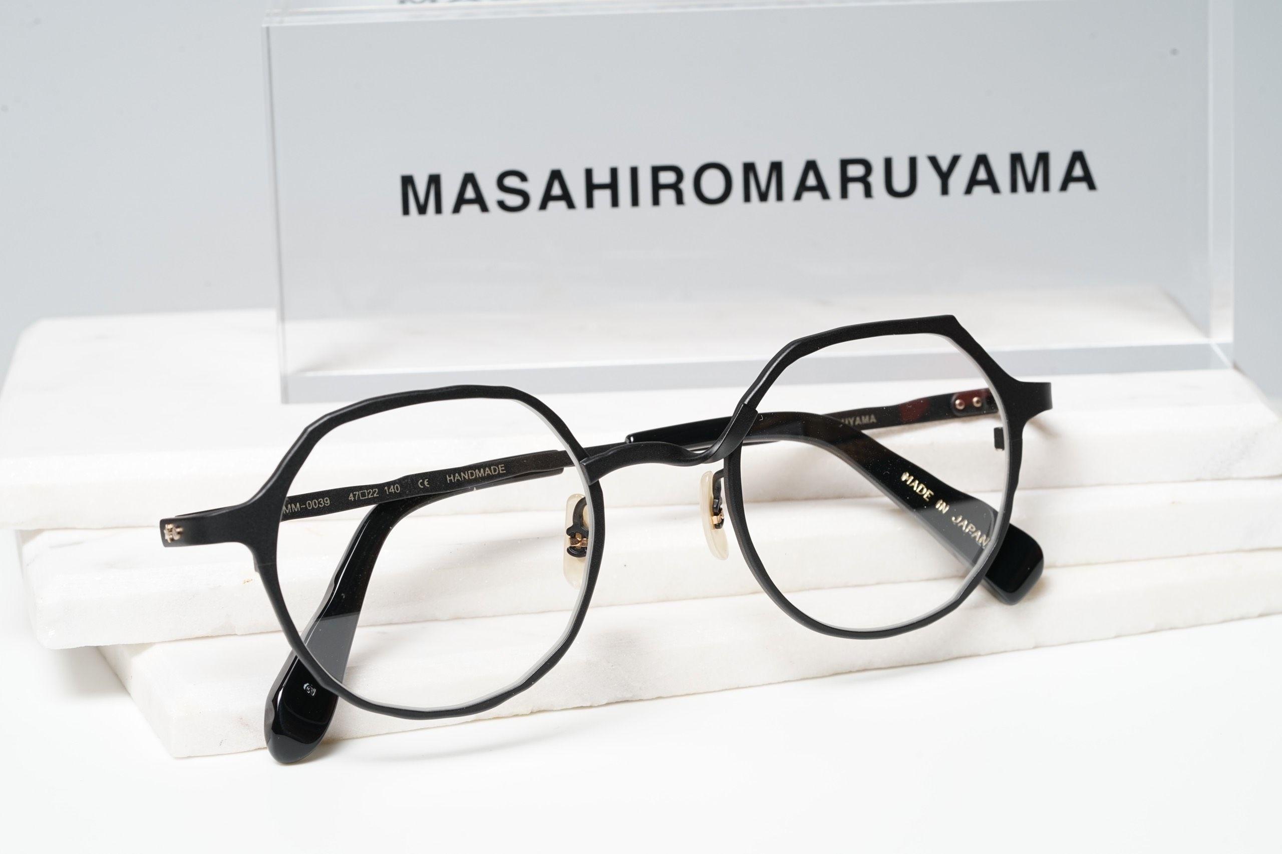 MM-0039 - No.3 Black