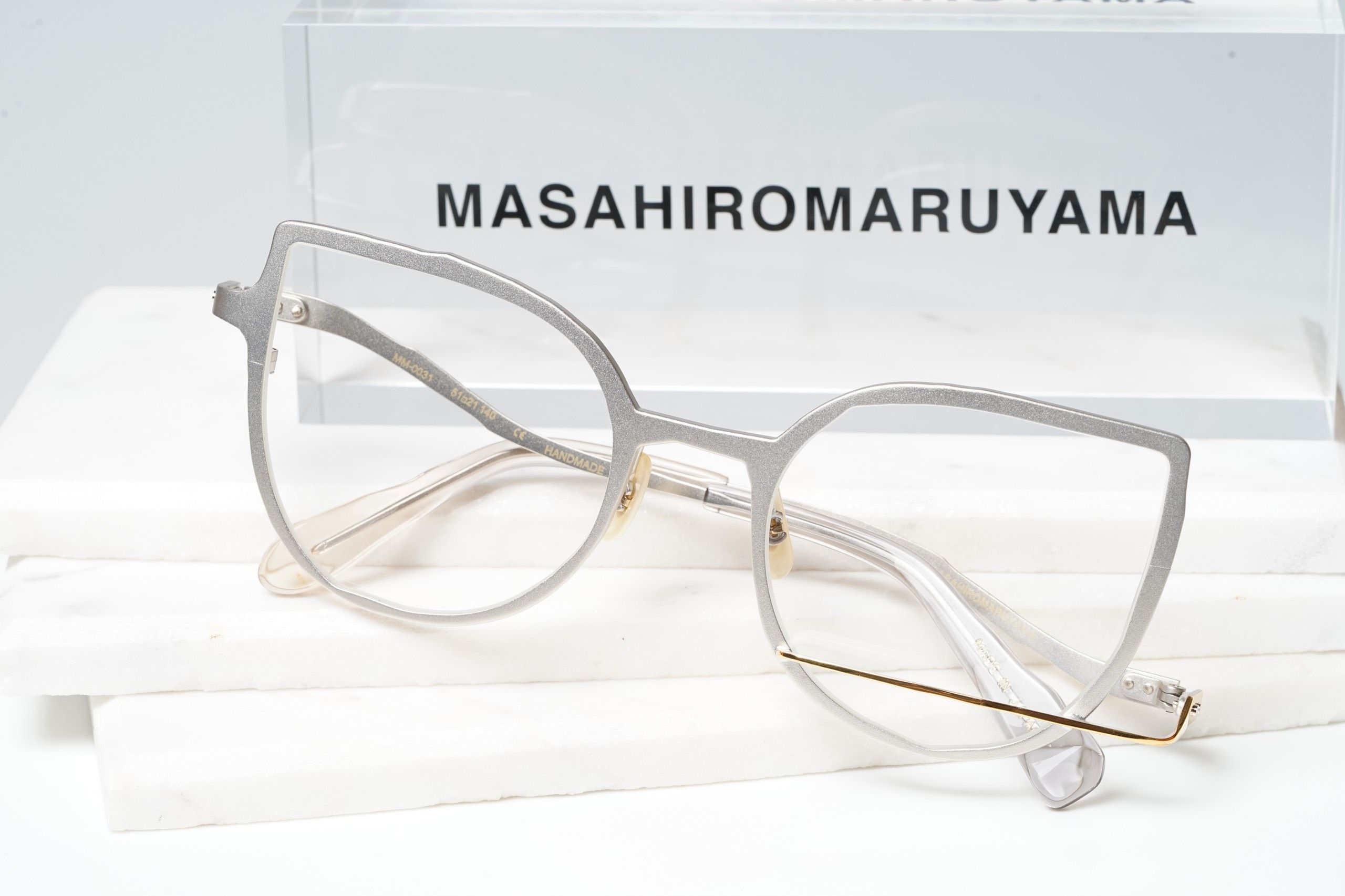 MM-0031 - No.2 Silver - Gold